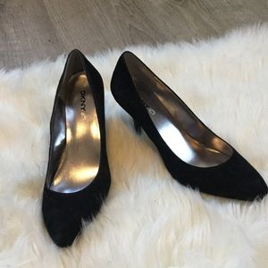"DKNYC ""Stacy"" Black Suede Pumps"